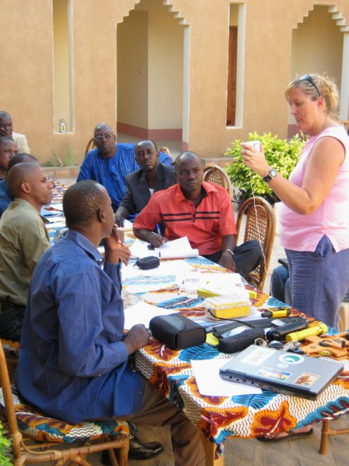 Dr. Lucy Keith Diagne gives a lecture on field equipment to trainees in Mali.